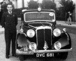 1939-18-Daimler-Sammy-Davis-150x121
